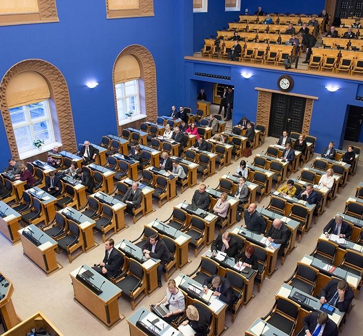 Estijos Parlamentas atmetė siūlymą uždaryti kailinių žvėrelių fermas